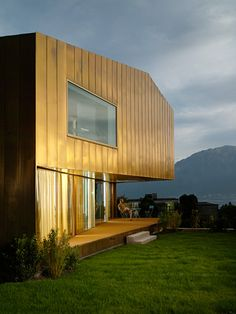 Maison | Tour-de-Peilz, Switzerland | Nomad Architectes | photo by Milo Keller
