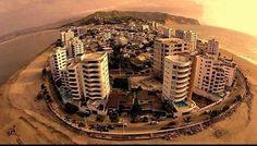 Via @villitabsc La historia tiene validez no cuando se la comparte sino cuando se aprende de ella. Hubieron decenas de catastrofes naturales a lo largo de nuestra historia. Pero expongo a continuación las mas significativas: En Latacunga hubieron cerca de 22000 muertos por terremotos en los años 1687-1698-1757-1949. En este ultimo hubo una destrucción total de Pelileo y Ambato (desaparecieron del mapa). Igual caracteristica fue en Riobamba (Chimborazo) en 1797 donde la destrucción fue de…