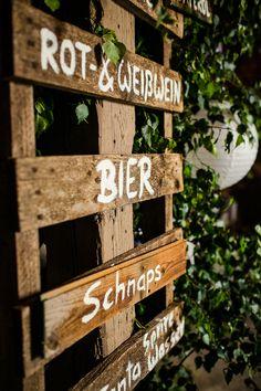 Hochzeit DIY   Getränke Schild selbermachen   Paletten   Bar Schild