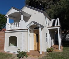 Large scale dollhouse | playhouse   Redondo Beach, CA