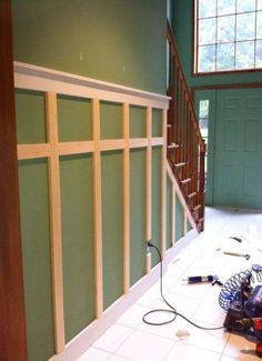 6 Wondrous Useful Tips: Wainscoting Columns Living Rooms shiplap wainscoting cottages.Wainscoting Bathroom Textured Walls white wainscoting home decor. Wainscoting Kitchen, Painted Wainscoting, Wainscoting Bedroom, Wainscoting Styles, Diy Wainscotting, Black Wainscoting, Wainscoting Height, Casa Retro, Bedrooms