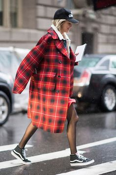 Street-Styles New York Fashion Week Herbst/Winter 2017 - GLAMOUR