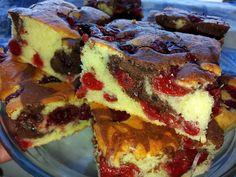 Pandispan cu iaurt si fructe Sweet Tarts, I Foods, New Recipes, French Toast, Cheesecake, Good Food, Food And Drink, Sweets, Breakfast