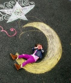 On-site prompt- performance chalk drawing/photography Student Work Art Teacher . - Chalk Art İdeas in 2019 Chalk Photography, Children Photography, Amazing Photography, Photo Illusion, Chalk Photos, Sidewalk Chalk Art, Sidewalk Chalk Pictures, Photos Originales, Outdoor Pictures