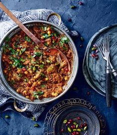 Melt-in-your-mouth lamb and warming Moroccan spices - this lamb tagine recipe uses lamb shoulder and is best served with warm flatbreads. Lamb Recipes, Meat Recipes, Slow Cooker Recipes, Cooking Recipes, Healthy Recipes, Healthy Food, Beef Tagine Recipes, Recipes Using Lamb, Moroccan Lamb Tagine