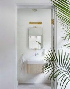 Modern White Bathroom, Modern Bathroom Lighting, Simple Bathroom, Beautiful Bathrooms, Master Bathroom, White Bathrooms, Modern Bathrooms, Ceiling Lighting, Modern Wall