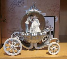 Disney Cinderella Wedding Globe
