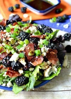 Blackberry, Bacon & Blue Cheese Salad w/ Honey Balsamic Vinaigrette Salad Dressing Recipes, Salad Recipes, Healthy Recipes, Healthy Pesto, Thm Recipes, Bacon Recipes, Salad Dressings, Seafood Recipes, Delicious Recipes