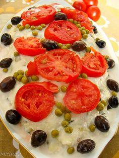 Salata Olivieh Romanian Food, Caprese Salad, Bruschetta, Foodies, Yummy Food, Stuffed Peppers, Vegetables, Cooking, Ethnic Recipes