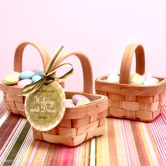 Mini Picnic Basket for guest favours available from http://www.goodthingsweddingfavors.com/mini-picnic-basket.html