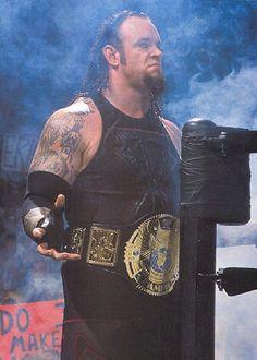 WWF World Heavyweight Champion The Undertaker Shawn Michaels, Wrestling Superstars, Wrestling Wwe, Roman Reigns, Paul Bearer, Undertaker Wwe, Catch, Best Wrestlers, Lucha Underground