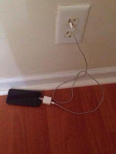 """""""Só não esquece de colocar o celular para carregar, tá bom?!"""""""