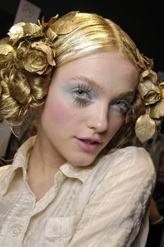 theatrical beauty of Galliano