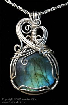cascading waters labradorite glam Time Pictures, Pretty Green, Types Of Lighting, Pendant Design, Types Of Collars, Spring Green, Aqua Blue, Peridot, Labradorite
