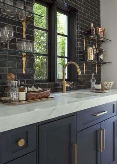 150 gorgeous farmhouse kitchen cabinets makeover ideas (78)