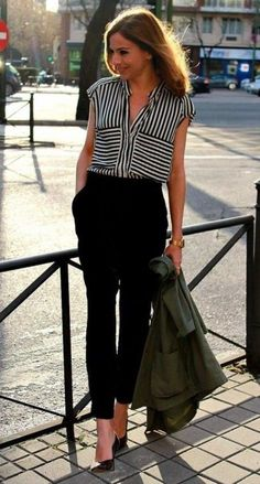 60 Casual Fall Work Outfits Ideas It is very important to make your work outfits. 60 Casual Fall Work Outfits Ideas It is very important to make your work outfits. 60 Casual Fall Work Outfits Ideas It is very important to make you. Style Désinvolte Chic, Style Casual, Work Casual, Casual Fall, Casual Office, Office Chic, Casual Wear, Stylish Office, Smart Casual