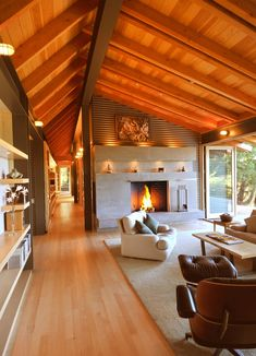 Modern home by Obie Bowman. Modern home by Obie Bowman. Rustic Home Design, Modern House Design, Modern Lake House, Home And Living, Living Room, Great Rooms, My Dream Home, Interior Architecture, Home Fashion