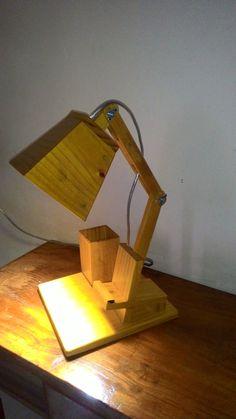 Best Desk Lamp, Wood Dog, Wood Lamps, Light Project, Wooden Crafts, Lamp Design, Raiders, Woodworking, Lights