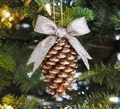Calling all Christmas crafters! We have compiled a list of the Top 100 Christmas Crafts: Christmas Ornament Crafts, Angel Crafts, Wreaths, and More. Find the best homemade Christmas decorations of the year. Pine Cone Christmas Decorations, Christmas Pine Cones, Pinecone Ornaments, Christmas Ornament Crafts, Christmas Makes, Christmas Projects, Holiday Crafts, Christmas Diy, Diy Ornaments