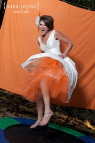 Trampoline Photo Booth, this would be SUPER FUN!!!!