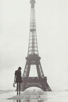 Gilles Caron, Twiggy au Trocadéro, Paris, mars 1967