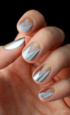 35 Diseños de uñas efecto metálico. Nails desings. Nails ideas. Nails effects. Uñas metálicas plateadas y doradas