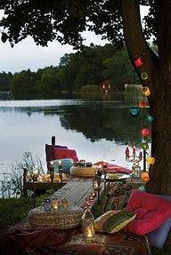 Picnic on the lake~~~~