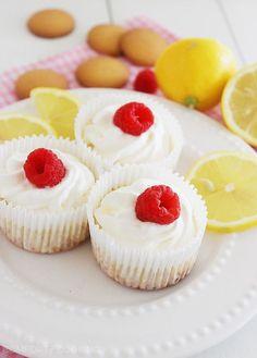 Skinny Lemon Cheesecake Yogurt Cupcakes. Click image for recipe. #cupcakes #cupcakeideas #cupcakerecipes #food #yummy #sweet #delicious #cupcake