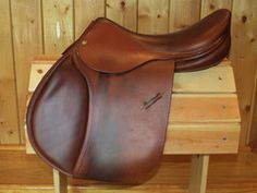 Love this saddle... Drool! I Sell Tack.com - Luc Childeric, French used saddles, Saddles made in France