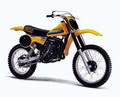Suzuki 125 RM My very first motocross bike. I was 17 years old Mx Bikes, Motocross Bikes, Vintage Motocross, Vintage Bikes, Vintage Motorcycles, Mx Racing, Suzuki Bikes, Valentino Rossi 46, Moto Bike
