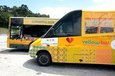 Guimarães Tour arranca na Capital Europeia da Cultura - via Público - Fugas 14.06.2012 | O circuito turístico é feito num mini bus e tem uma duração aproximada de 45 minutos