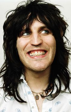 Noel FIelding there is something very special about this dude. I don't know what but something special!