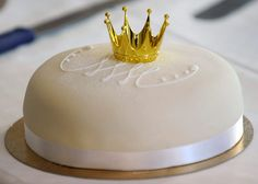 Crown Cake, just for me.