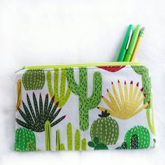 Statement Clutch - CACTUS FLOWER BUTTERFLY by VIDA VIDA ploAz09