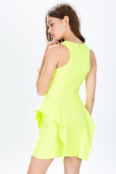 Платье Размеры: S, M, L Цвет: неоновый лимонный, коралловый Цена: 949 руб.  #одежда #женщинам #платья #коопт