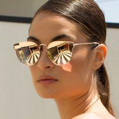 731987f6d Óculos espelhados são lindos! Óculos de sol com lentes espelhados são  cheios de estilo,