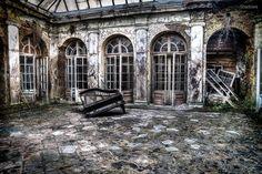 Abandoned palace in Poland [920613] [OC] [OS]