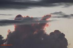 Immobilien im Norden von Sardinien: Ausblick aus meinem Fenster...............auch Wol... Celestial, Sunset, Outdoor, Caption Pictures, Sardinia, Real Estates, Clouds, Windows, Nice Asses
