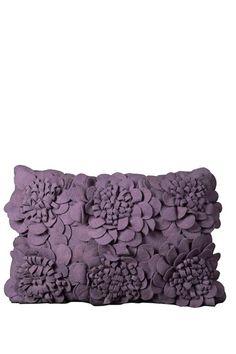 very cute pillow..