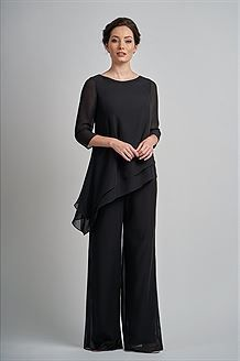 Charlotte Chiffon MOB Pant Suit with Boat Neckline Simple charlotte chiffon with stretch lining Mother of the Bride pant suit with a pretty boat neckline. A layered asymmetrical bodice, sleeves, and a drop waistline to complete the MOB look. Mob Dresses, Event Dresses, Bride Dresses, Beach Dresses, Wedding Dresses, Dresses Online, Jasmine Bridesmaids Dresses, Wedding Pantsuit, Mother Of The Bride Suits