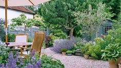 Verde - Country Garden Design in Surrey, Hampshire and the South-East, including London Fenced Vegetable Garden, Cottage Garden Plants, Terrace Garden, Big Garden, Family Garden, Garden Path, Herb Garden, Garden Wallpaper, Formal Garden Design
