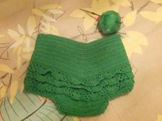 Braguita verde perle. Crochet Baby, Crochet Top, Women, Fashion, The Creation, Bead, Moda, Women's, La Mode