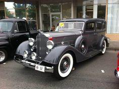 1934 Packard Eight 1100 Sedan