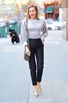 23 Looks de frio vinil, couro, veludo, gola alta, botas e