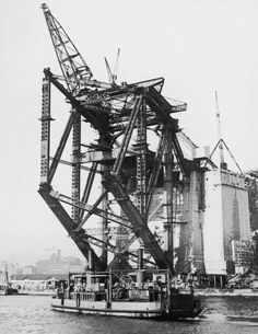 An poster sized print, approx mm) (other products available) - The south side of of Sydney Harbour Bridge under construction, August (Photo by FPG/Hulton Archive/Getty Images) - Image supplied by Australian Views - poster sized print mm) made in the UK Harbor Bridge, Sydney Harbour Bridge, Puerto Rico, Crane Construction, Fine Art Prints, Framed Prints, Civil Engineering, Historical Photos, View Image