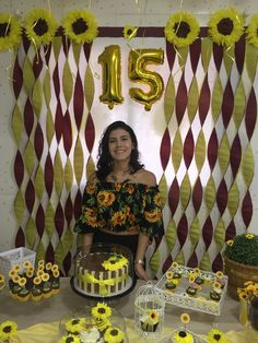 Sunflower Birthday Parties, Sunshine Birthday Parties, Sunflower Party, Sunflower Baby Showers, 18th Birthday Party, Family Birthdays, First Birthdays, Paper Sunflowers, Quinceanera Cakes