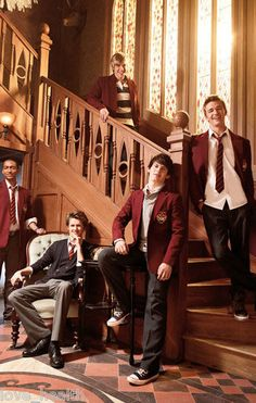 "HOUSE OF ANUBIS - BRAD KAVANAGH - BURKELY DUFFIELD - TEEN BOY ACTOR 4""x6"" PHOTO"