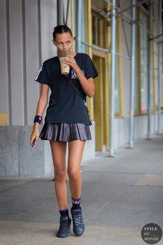 Binx Walton Street Style Street Fashion Streetsnaps by STYLEDUMONDE Street Style…