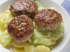 Beste Hausmannskost: Buletten mit Kartoffel-Gurken-Salat - smarter - Zeit: 1 Std. | eatsmarter.de