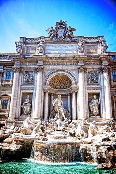 Trevi Fountain in Rome: I did my duty and tossed my coin so I'm bound to return, Right??
